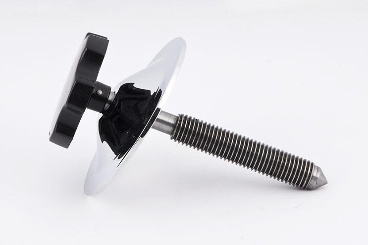 Jaguar Spare wheel clamp