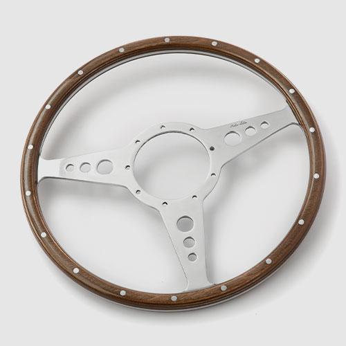 Wood rim steering wheels