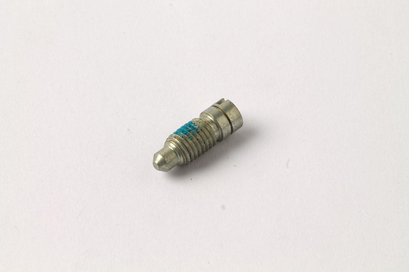 Locating screw