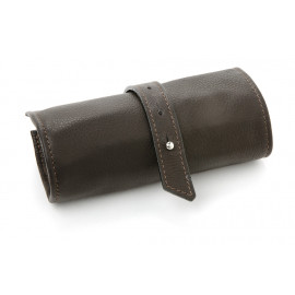 Leather pin roll
